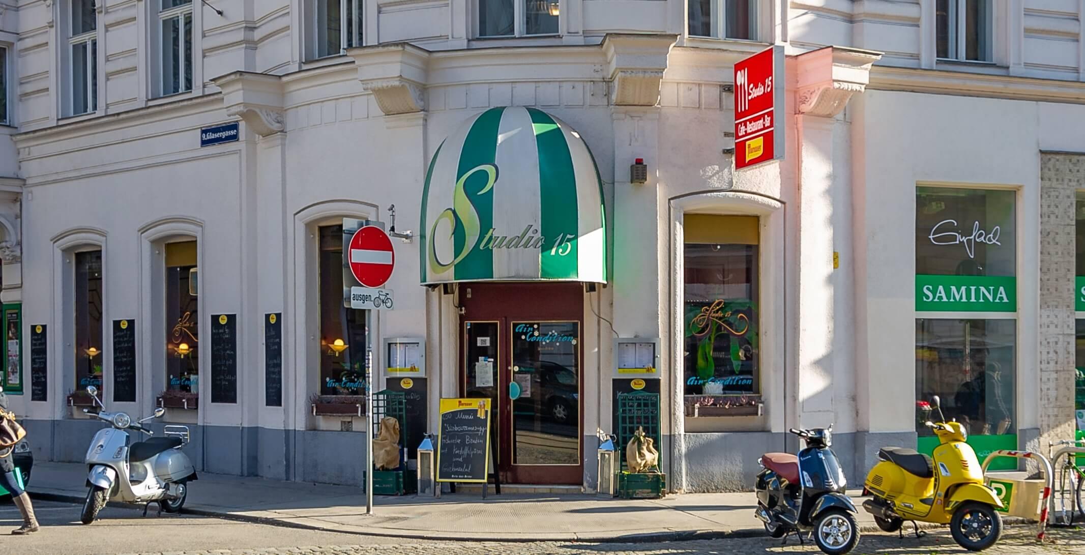 Café Studio 15