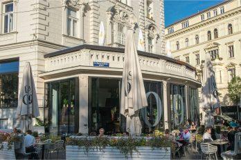 Das 1090 Café Restaurant Bar